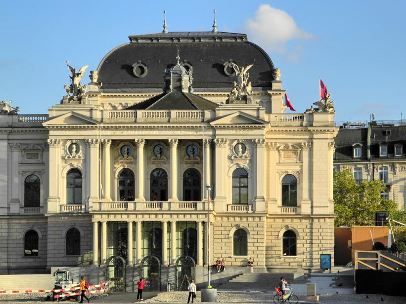 Name:  Opernhaus_Zürich_2012-09-15_18-21-11.jpg Views: 156 Size:  97.3 KB