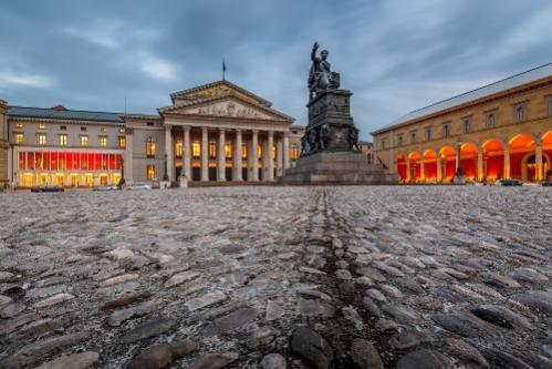 Name:  things-to-do-in-munich-germany-statue-of-bavaria-auto-europe.jpg Views: 102 Size:  34.0 KB