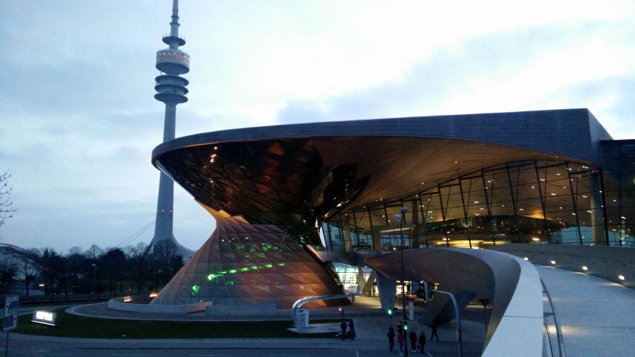 Name:  BMWWorldMunichGermany24.jpg Views: 87 Size:  92.2 KB
