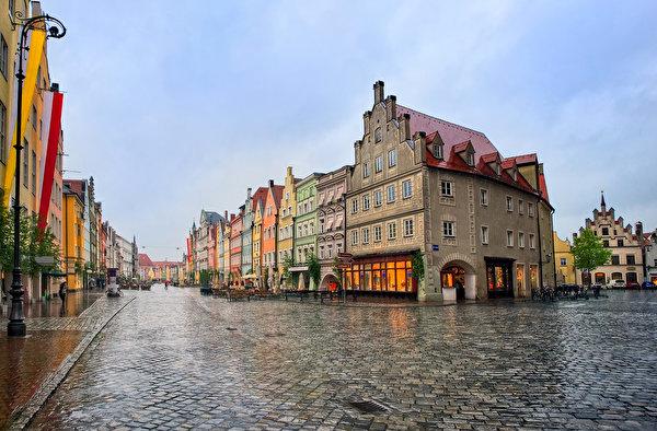 Name:  Munich_Germany_Houses_Evening_Rain_Street_517594_300x197.jpg Views: 88 Size:  84.4 KB