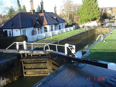 Name:  Lock 54 Berkhamsted Grand Union Canal.jpg