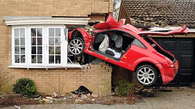 Name:  crashed sports car.jpg Views: 199 Size:  58.8 KB