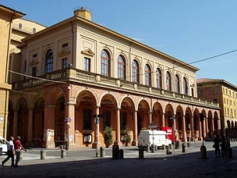 Name:  Teatro communale, Bologna.jpg Views: 62 Size:  40.1 KB