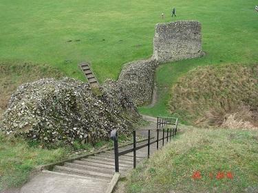 Name:  Berkhamsted Castle 4.jpg Views: 264 Size:  68.6 KB