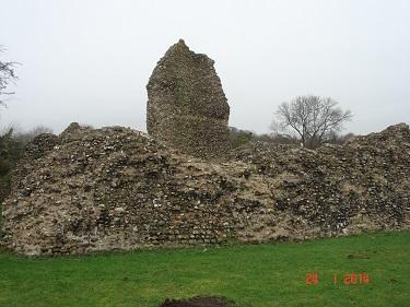 Name:  Berkhamsted Castle 5.jpg Views: 202 Size:  54.2 KB