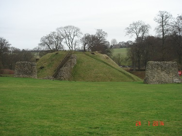 Name:  Berkhamsted Castle 6.jpg Views: 329 Size:  45.4 KB
