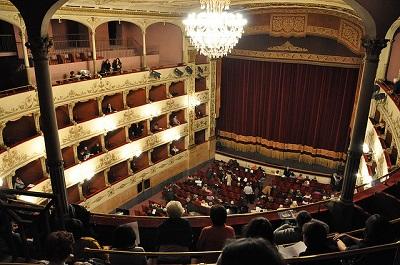 Name:  Teatro della Pergola.jpg Views: 118 Size:  65.9 KB
