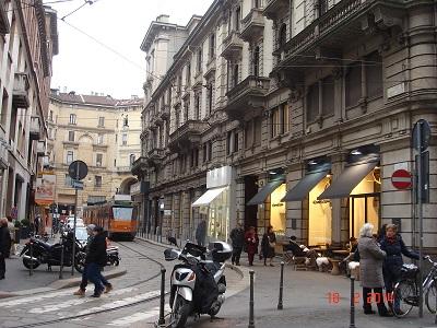 Name:  Via Arrigo Boito.jpg Views: 199 Size:  82.1 KB