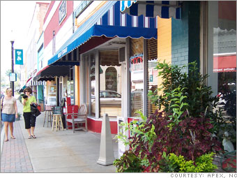Name:  Apex,NC_Main Street.jpg Views: 422 Size:  36.0 KB