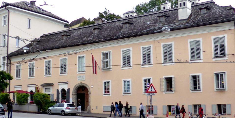Name:  Mozart-house-Salzburg-Austria.jpg Views: 101 Size:  85.4 KB