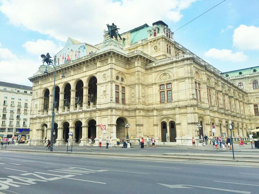 Name:  opera house vienna austria.jpg