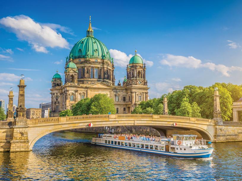 Name:  0010s_0001_berlin.jpg Views: 135 Size:  97.6 KB