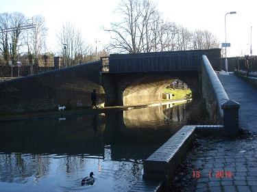Name:  Turnover bridge Berkhamsted Grand Union Canal.jpg Views: 338 Size:  57.6 KB