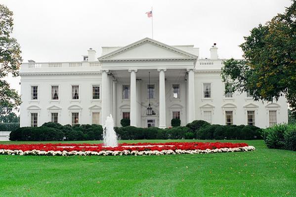 Name:  white_house_washington_dc.jpg Views: 210 Size:  49.5 KB