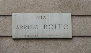 Name:  Via Arrigo Boito.jpg Views: 122 Size:  29.5 KB