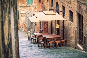 Name:  Siena-Italy wonky roads.jpg Views: 99 Size:  78.5 KB